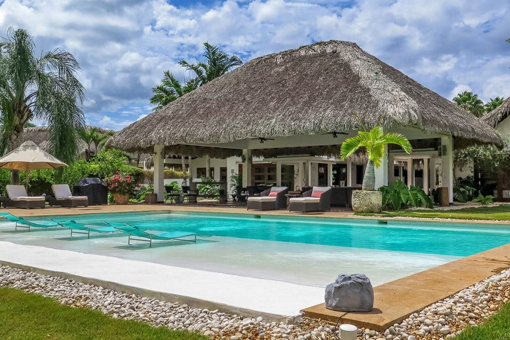 Luxury villas for digital nomads
