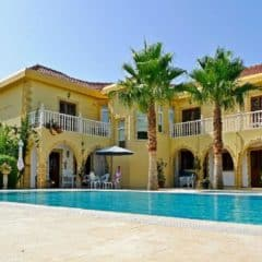 5 Reasons You Should Book a Cyprus Villa Instead of a Hotel
